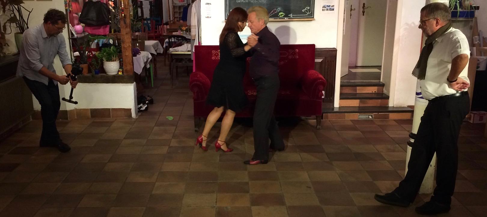 Zusammen mit den großartigen Thomas Knüppel und TANGOfatal (Birgit Disenko und Otto Köllner) in der kaufbar.